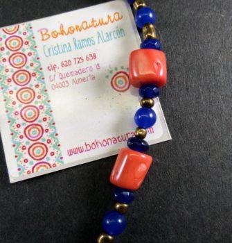 Collar corto coral artesanía único rojo azul